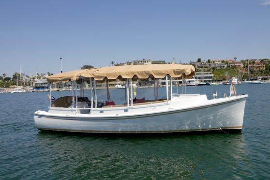 Electric Boat - Duffy 22' Cuddy Cabin