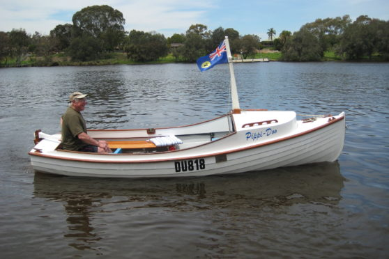 electric inboard boat motor example - putt putt