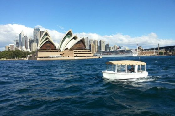 Duffy electric boat - 18' snug harbour, Sydney