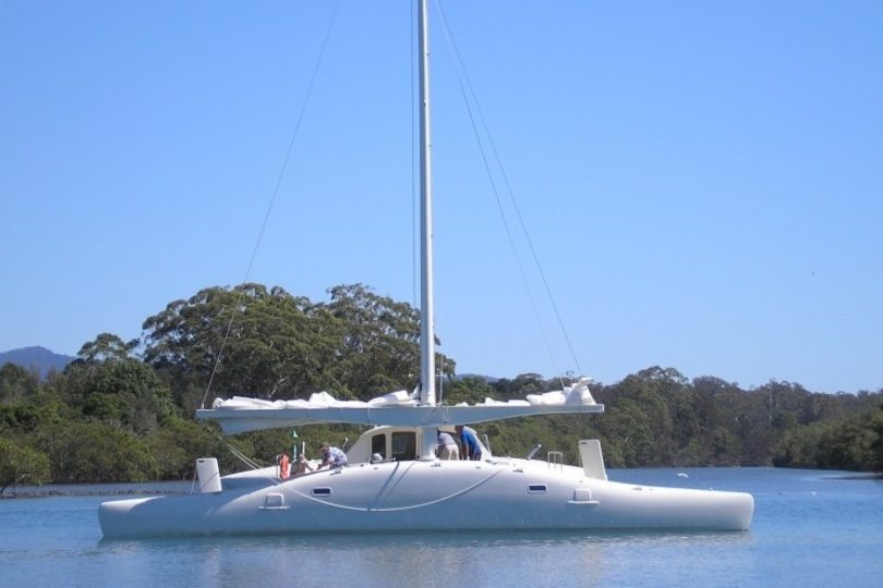Twin Torqeedo Cruise 4kw on a Proa