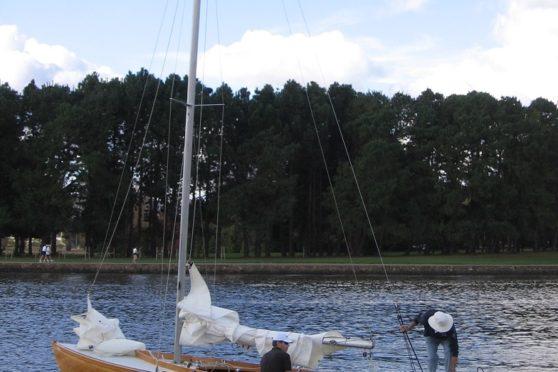 Torqeedo Travel 1003 on a timber trailer sailor