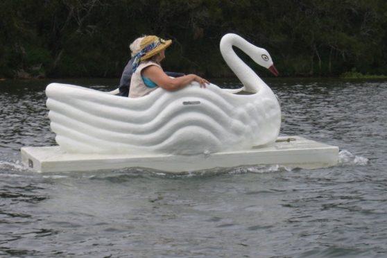 Torqeedo Travel 1003 on a plastic and fiberglass boat